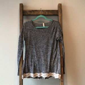 Women's L long-sleeve heather gray sweater
